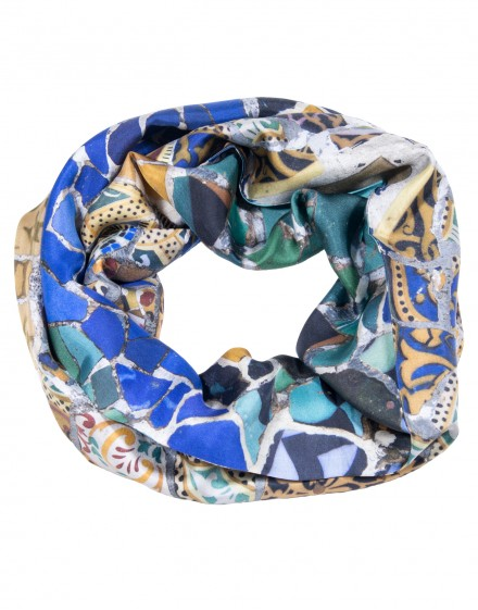 Silk infinity scarf Gaudi guell park bench