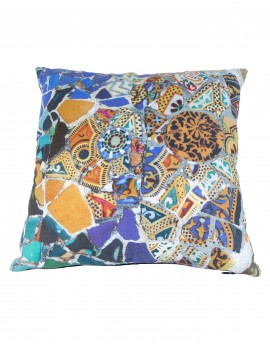 Linen cushion Gaudi mosaic bench 40x40