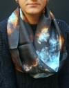 Fular circular de seda Nebulosa azul