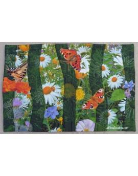 Pré fleuri - image imprimée sur tissu pour mini quilt décoratif