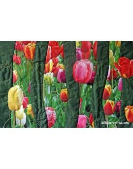 Champ de tulipes- image imprimée sur tissu pour mini quilt décoratif